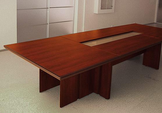 Конференц стол, табльдот чтобы переговоров