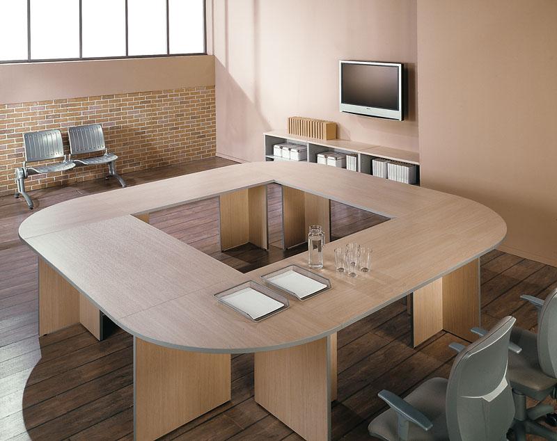 Конференц стол, харчи для того переговоров