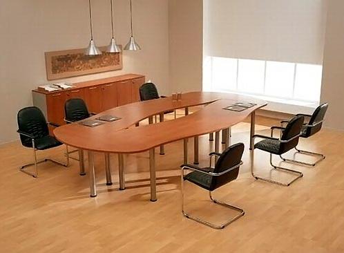 Конференц стол, столик с целью переговоров