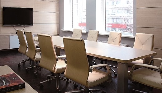 Конференц стол, табльдот с целью переговоров