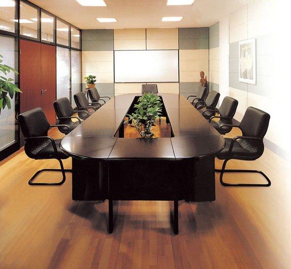 Конференц стол, табльдот про переговоров