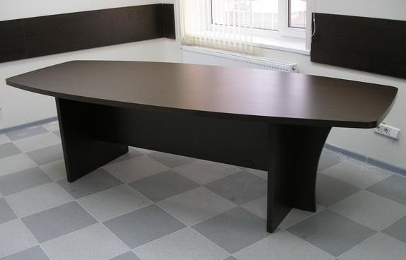 Конференц стол, столик про переговоров