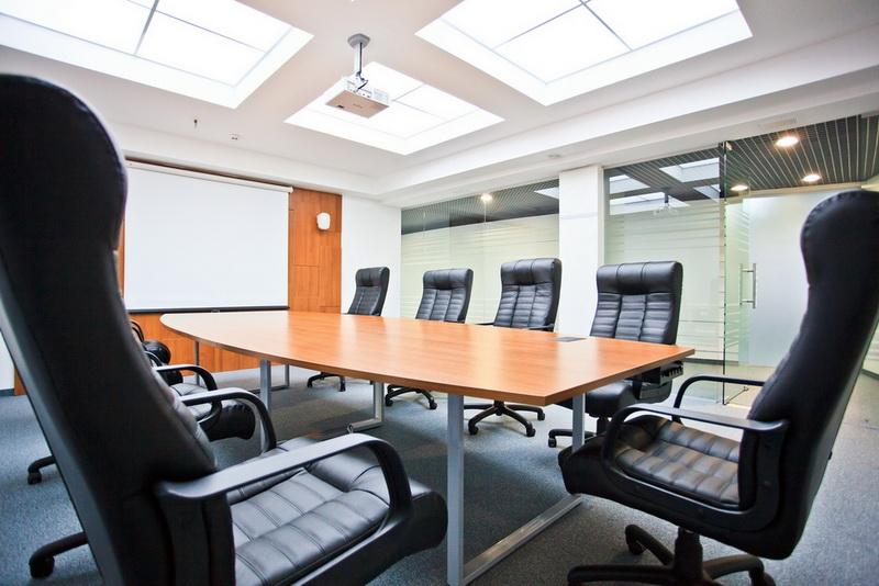Конференц стол, столик для того переговоров